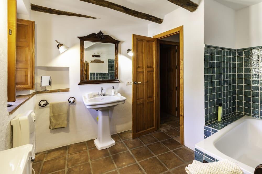 บ้านพัก, 3 ห้องนอน, สระว่ายน้ำส่วนตัว - ห้องน้ำ