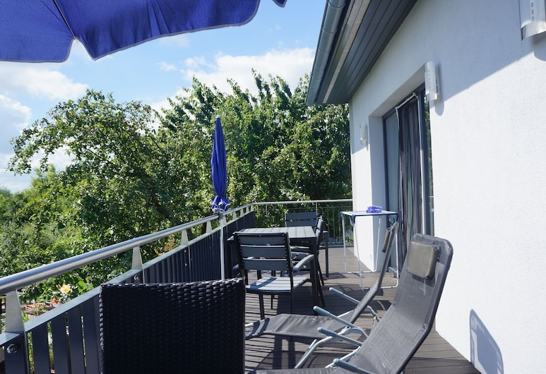 Lovely Villa in Malchow Near Sea, Insel Poel, Leilighet, Balkong