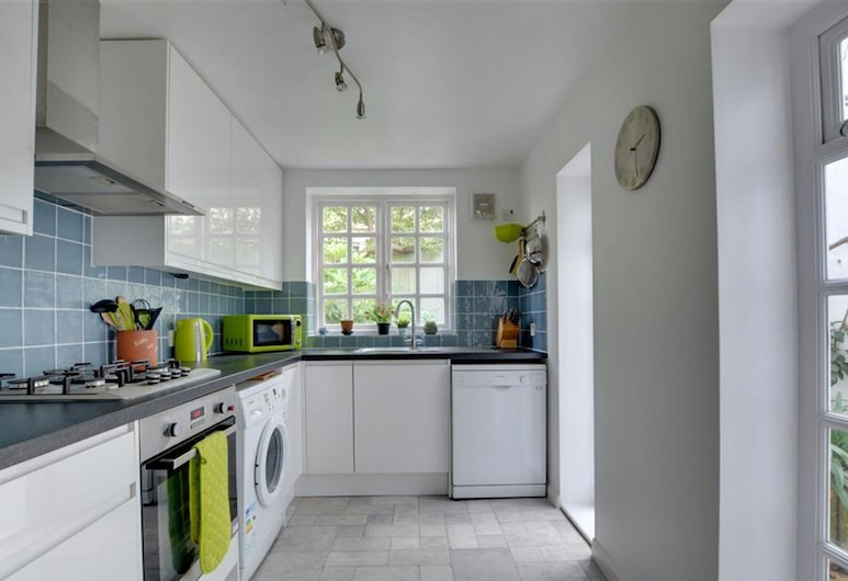 Light and Spacious Cottage, Located in the Pleasant Centre of Brighton, Brighton, Eigene Küche