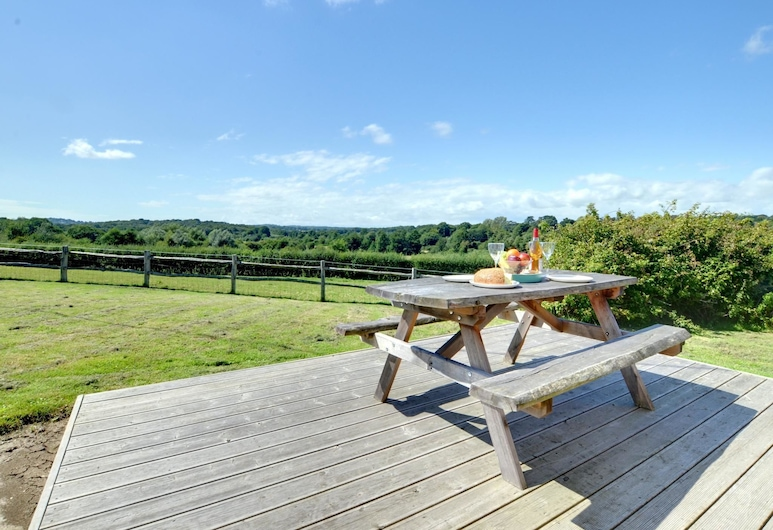 Holiday Home Offering Stunning Views Across the Valley in the Village of Sedlescombe, Battle, 花园