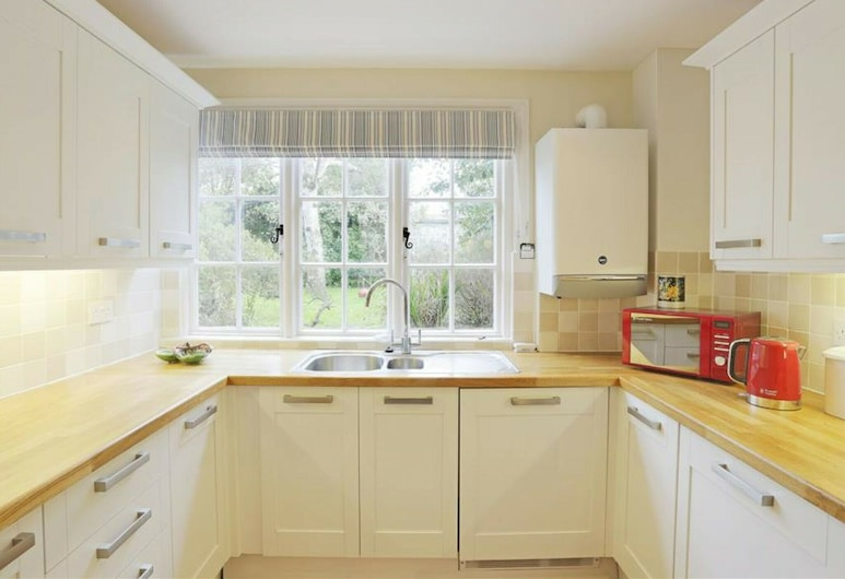 Spacious House, Situated in the Heart of Thorpeness, on the Suffolk Coast, เลสตัน