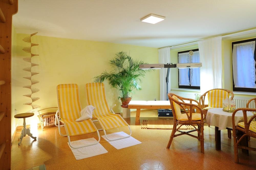 Gorgeous Apartment With Sauna in Klütz