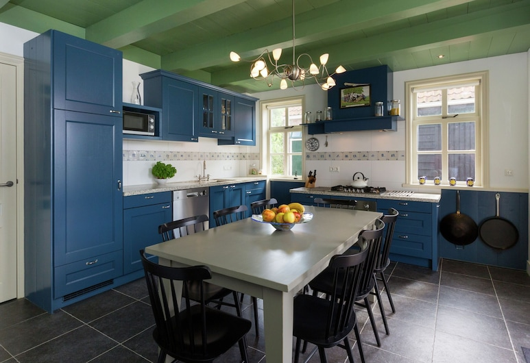 Scenic Holiday Home in Oostkapelle Near Beach, Oostkapelle, Casa, Cocina privada