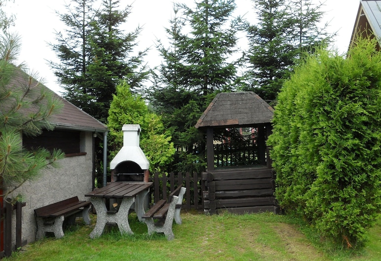 Detached House With a Covered Terrace, Enclosed Garden, 200 Metres From the ski Lift, Polevsko, Záhrada
