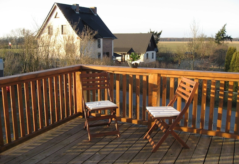Gorgeous Apartment in Russow With Garden Seating, Rerik