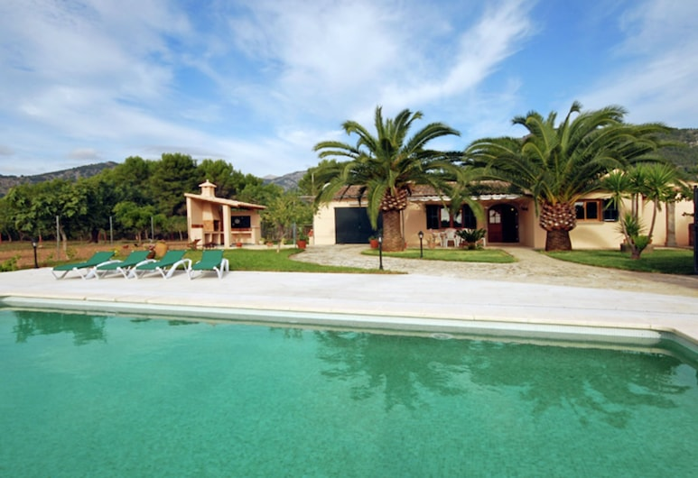 Country House With Pool Overlooking the Mountains of the Sierra de Tramuntana, Selva, Πισίνα