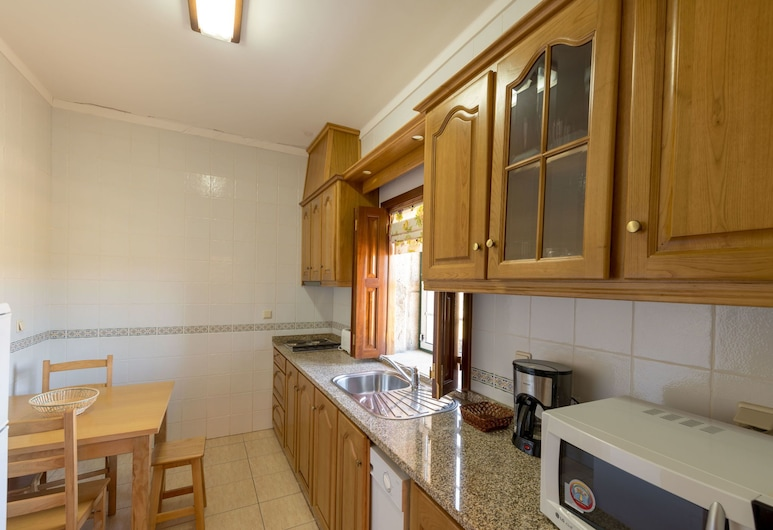 Holiday Home on Estate With Vineyards, Olive Groves and Swimming Pool, Vila Flor