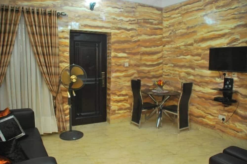 Deluxe suite, 1 slaapkamer, keuken - Woonruimte