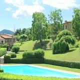 Garden-view 2 Swimming Pools Tennis Court Italian Lakes