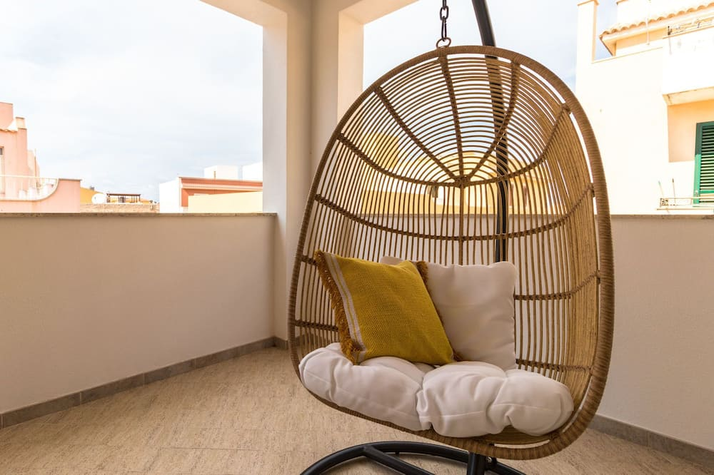 Apartment, 1 Bedroom (F) - Balcony