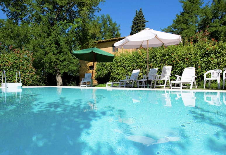 Apartment With Large Garden and Pool on the Hills of Pisa, بيشيولي, حمام سباحة