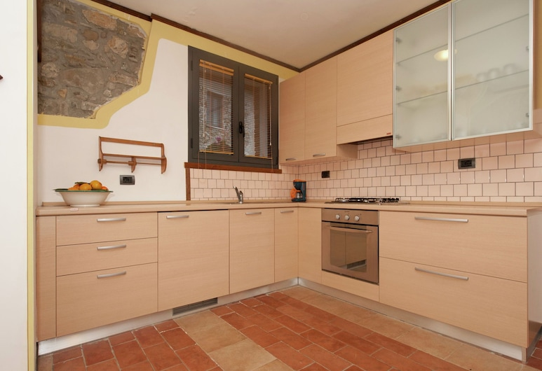 Small and Charming Residence Nestled in the Hills Surrounding La Spezia, Bolano