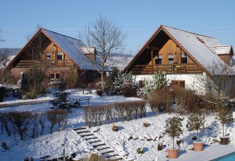 Detached Holiday Home With a Wood Stove, in the Bruchttal, Brakel, Außenbereich