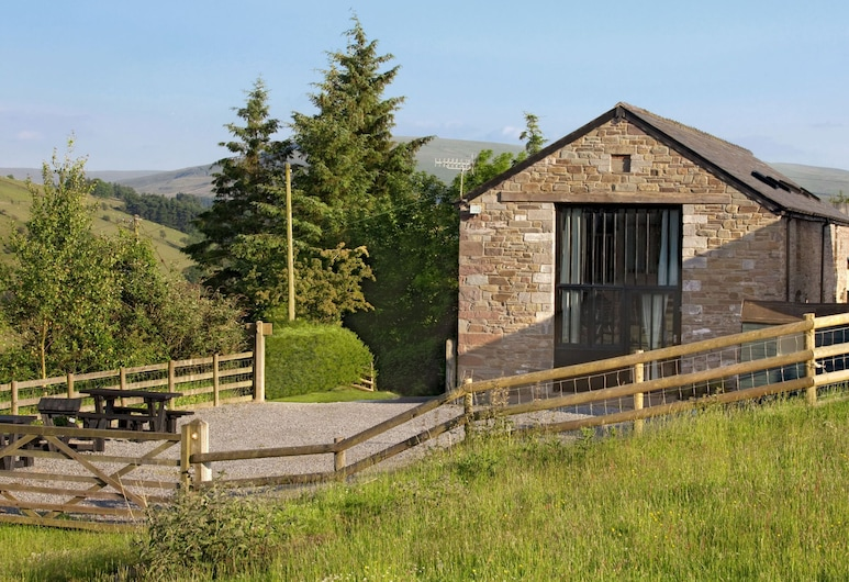 Exquisite Farmhouse in Cray With Serene View, Brecon