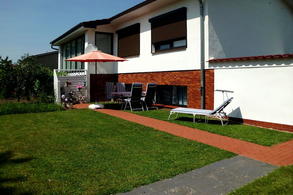 Peaceful Apartment in Klütz Germany With Sun Loungers