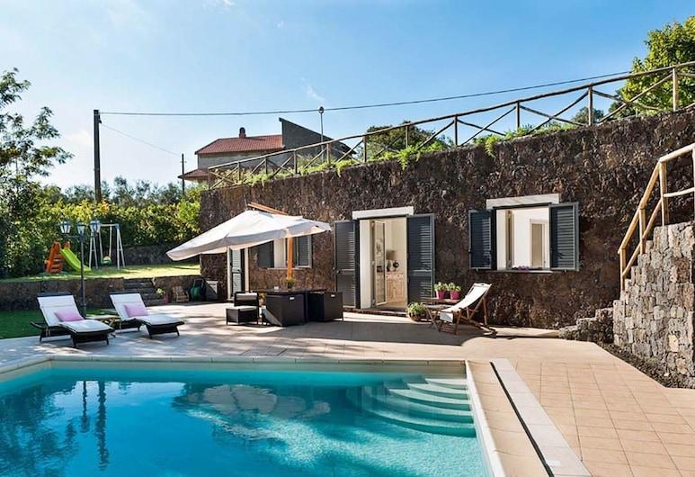 Luxurious Villa in Ragalna With Private Pool, Ragalna, Buitenkant