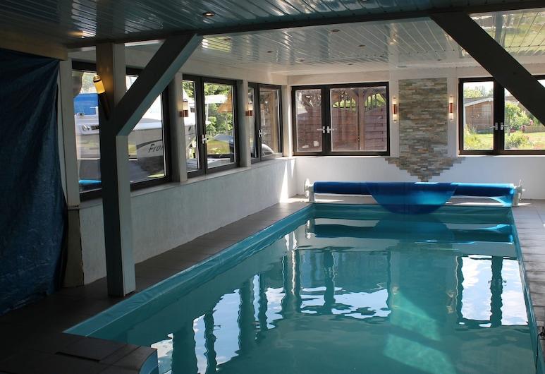 Cozy Apartment in Rerik Near Seabeach for a Romantic Getaway, Rerik, Pool