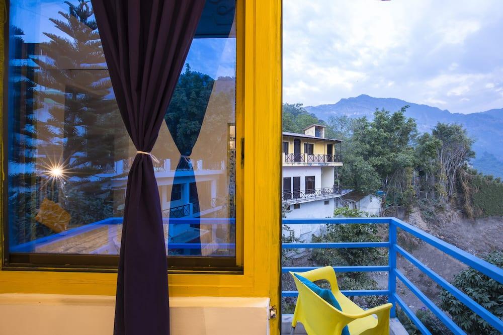 Liukso klasės dvivietis kambarys, balkonas - Vaizdas į kalnus