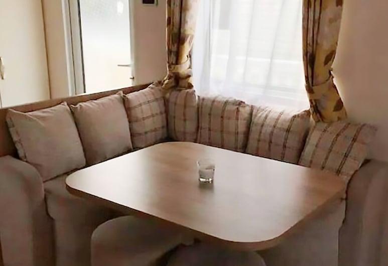 Beautiful Holiday Home in Hastings With Heating, Hastings, Ev, Oturma Odası