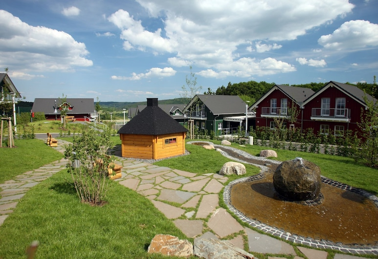Luxurious Holiday Home With Dishwasher, in the Hocheifel, Drees, Overnatningsstedets område