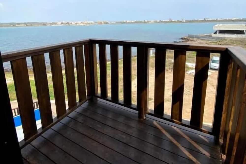 Quadruple Room, Ocean View - Balcony