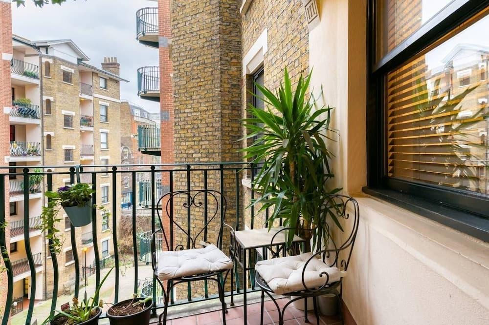 Premium Apartment - Terrace/Patio