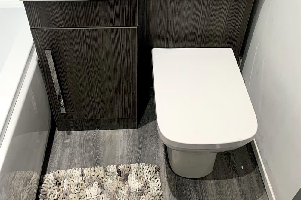 Luxury House, Hot Tub - Bathroom