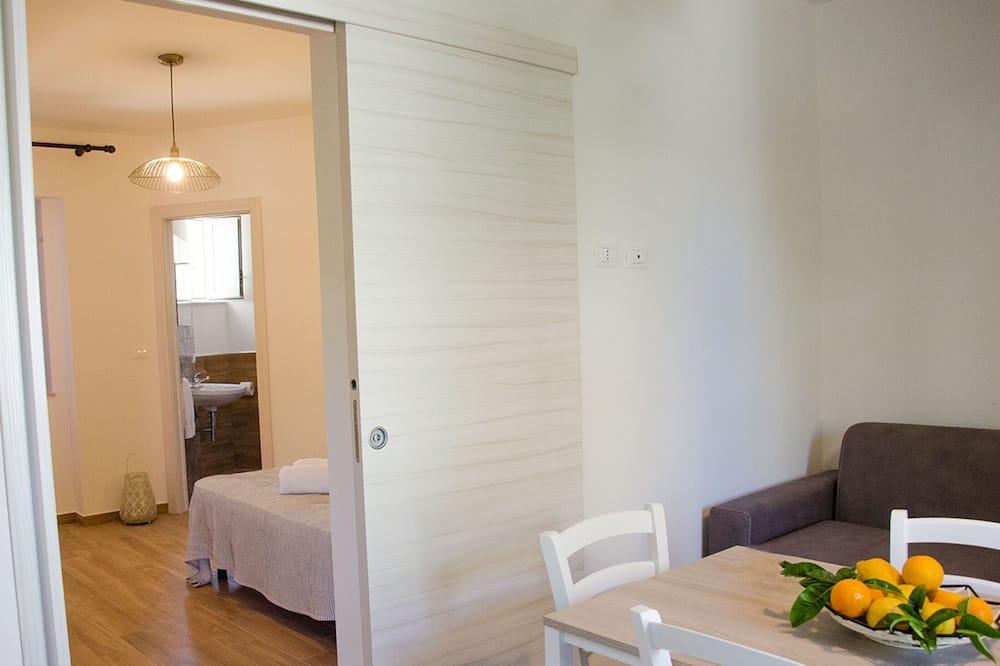 Design Apartment, 1 Bedroom - Ruang Tamu