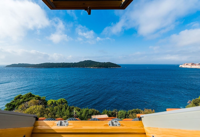 Serene Mansion in Dubrovnik With Private Terrace, Dubrovnik, Fachada
