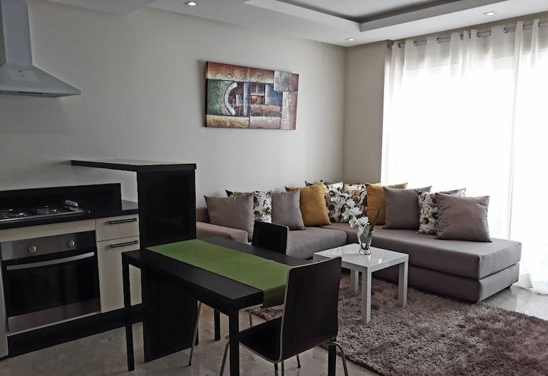 Fantastic New Appartement in Calm Area Oasis Maarif, Касабланка