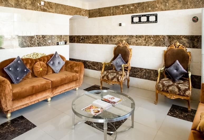 OYO 488 Nomas Plaza Of Housing Units, Jizan, Salottino della hall
