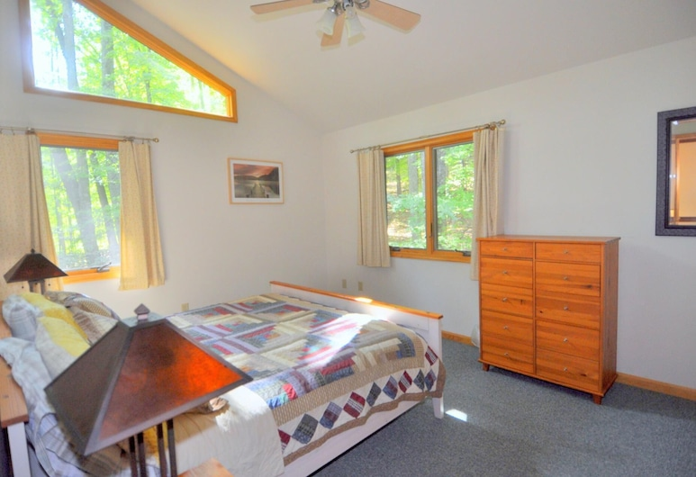 Quiescence, Berkeley Springs, House, Multiple Beds (Quiescence), Exterior