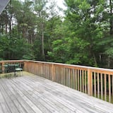 House, Multiple Beds, Mountain View (Mountain View Hideaway-87 Creekview) - Balcony