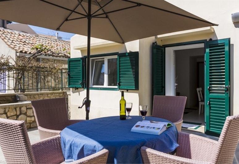 アパートメント アンィェ 1, マリ ロシニ, アパートメント 2 ベッドルーム, テラス / パティオ