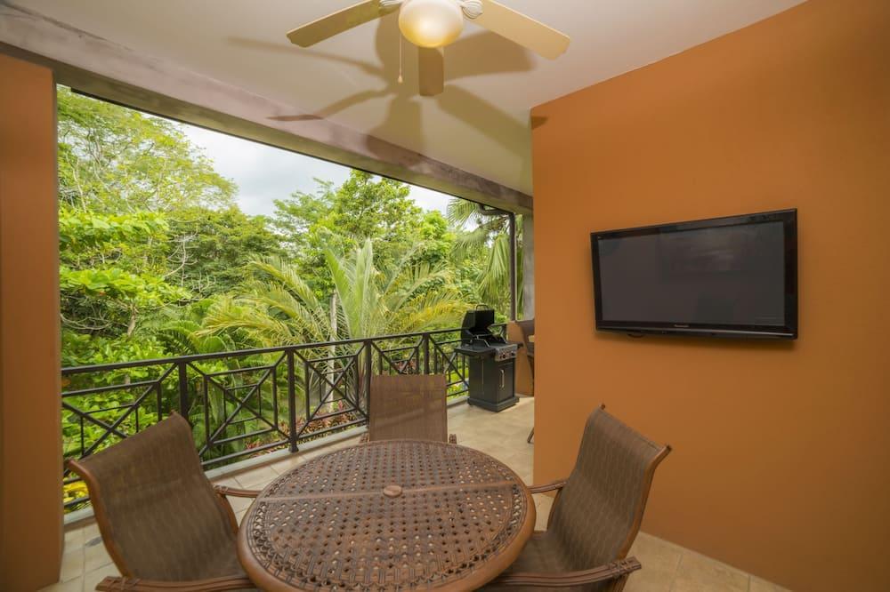 Deluxe Condo, 2 Bathrooms, Garden View - Terrace/Patio