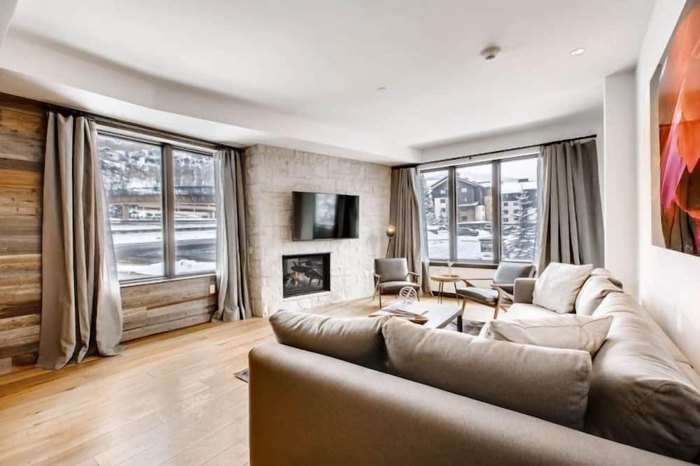 Condo (Vail Lion 2 Bed) - Living Room