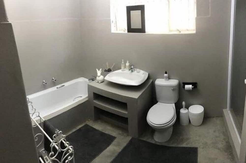 Numeris su patogumais, 1 miegamasis - Vonios kambarys