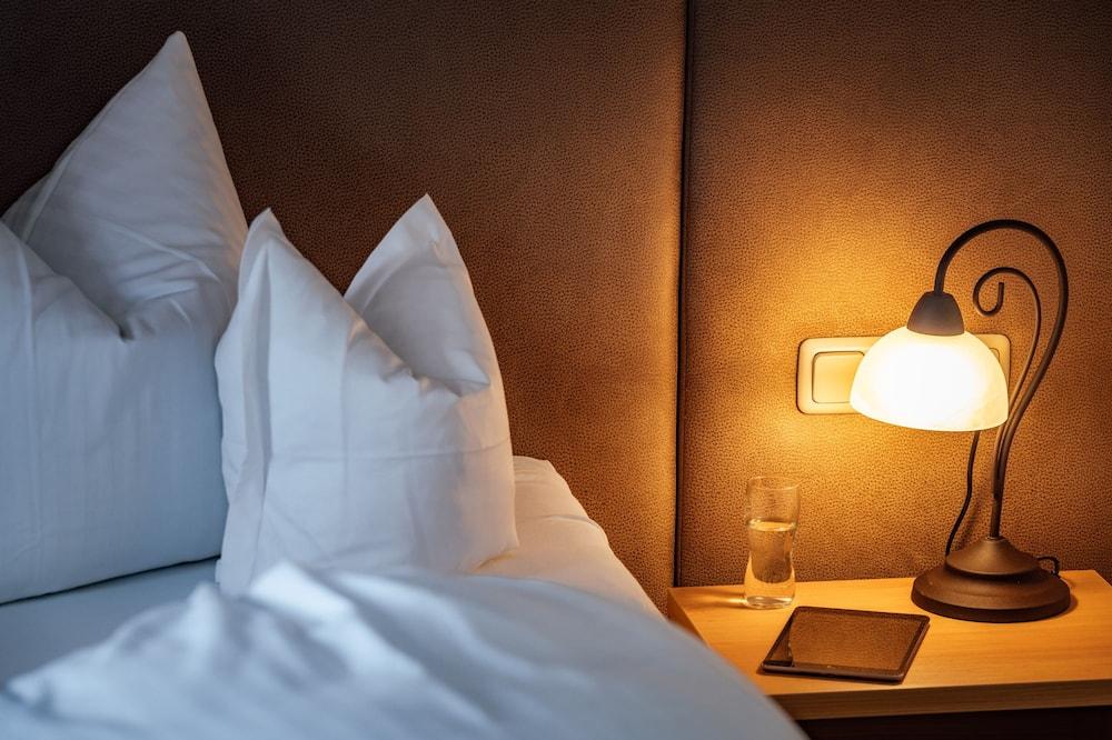 Двухместный номер с 1 двуспальной кроватью, вид на горы - Номер