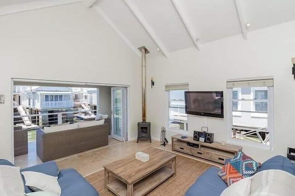 Cottage Tiêu chuẩn, 3 phòng ngủ - Khu phòng khách