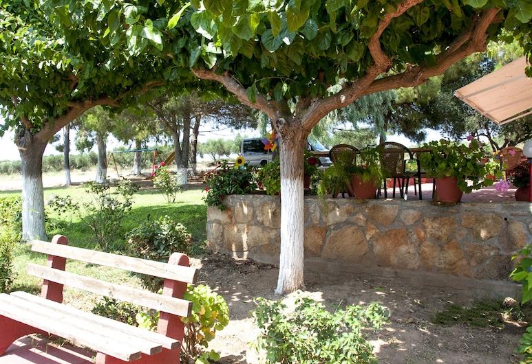 Apartments Hotel Alexandros, Pineios, Terasa