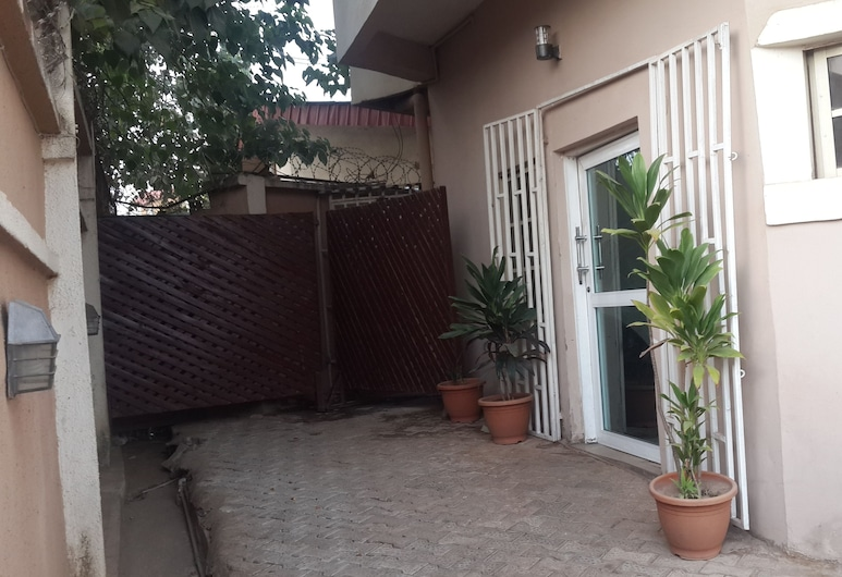 M. House, Abuja