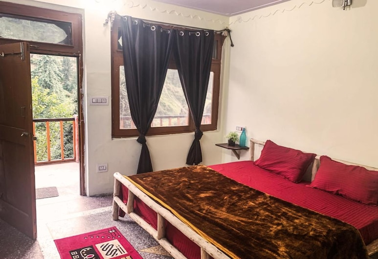 The Hostalgic Jibhi, Banjar, Deluxe Room, 1 King Bed, Guest Room