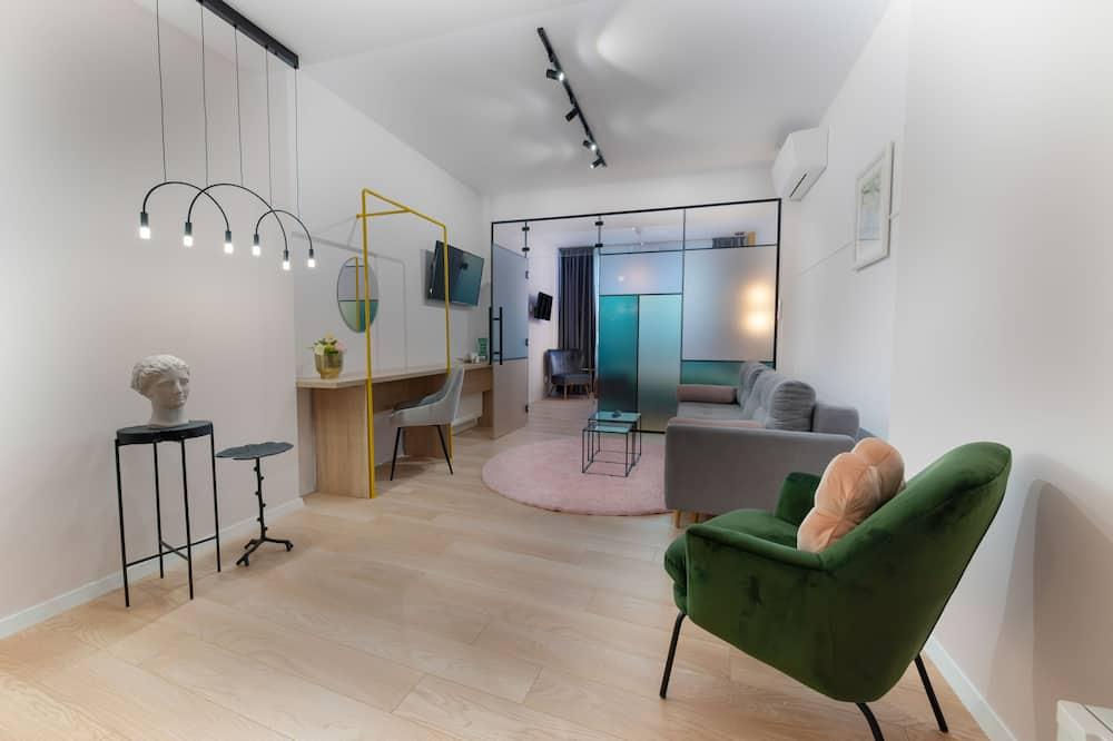 Senior Studio Suite - Bilik Rehat