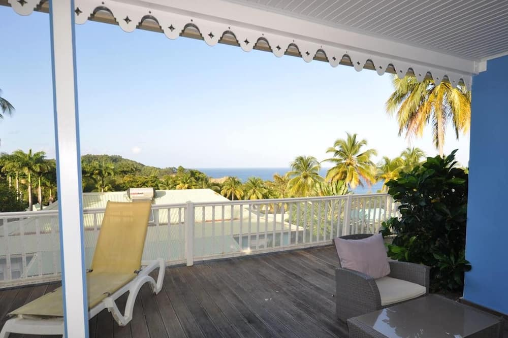 House With 2 Bedrooms in Sainte-marie, With Wonderful sea View, Shared Pool, Enclosed Garden