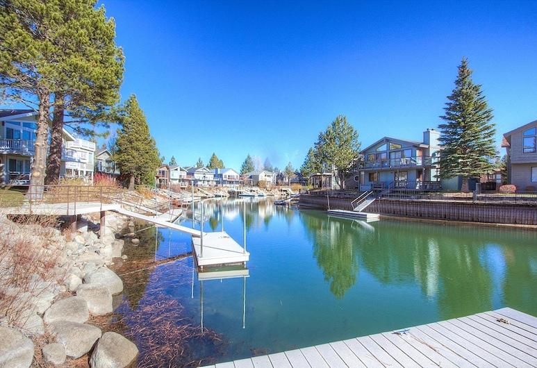 Evergreen Escape by Lake Tahoe Accommodations, Tasik Tahoe Utara, House, 4 Bedrooms, Kolam