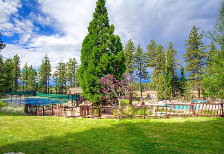 Napoonala Haven by Lake Tahoe Accommodations, Zephyr Cove