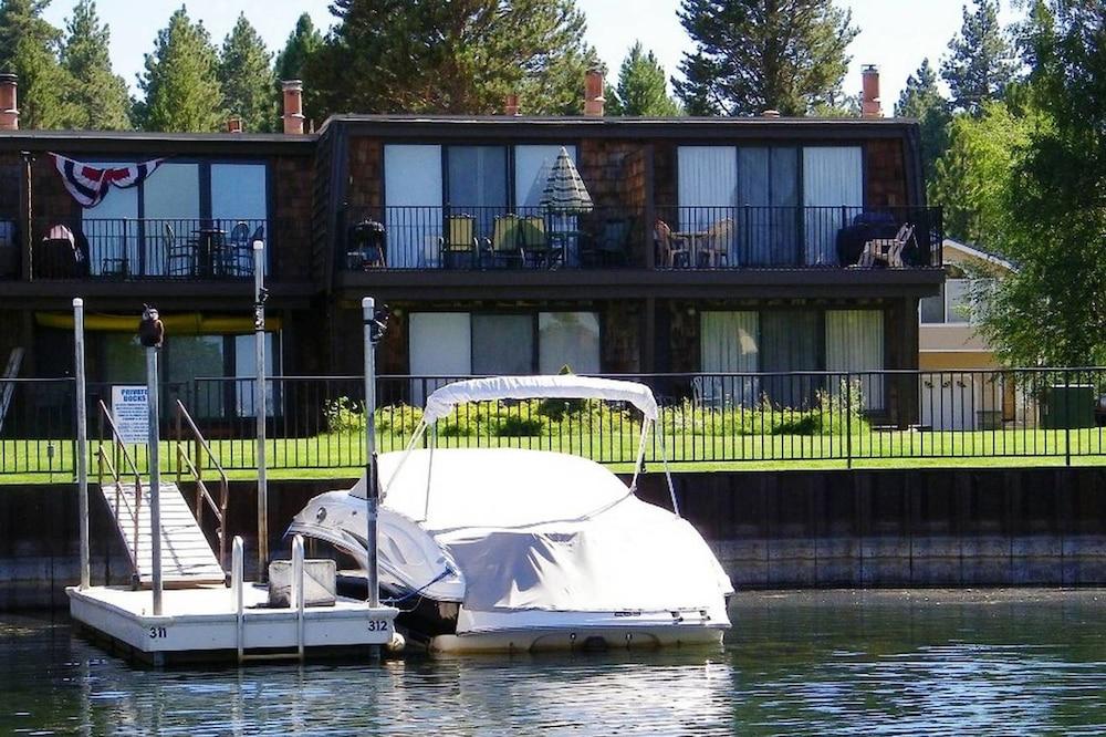 Osprey Nest by Lake Tahoe Accommodations