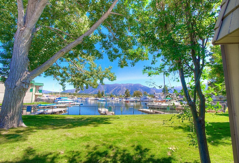 Betty Anns Place by Lake Tahoe Accommodations, Tasik Tahoe Utara, Condo, 2 Bedrooms, Kawasan Hartanah