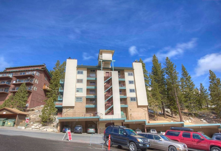 Heavenly Chairview Condo by Lake Tahoe Accommodations, Stateline