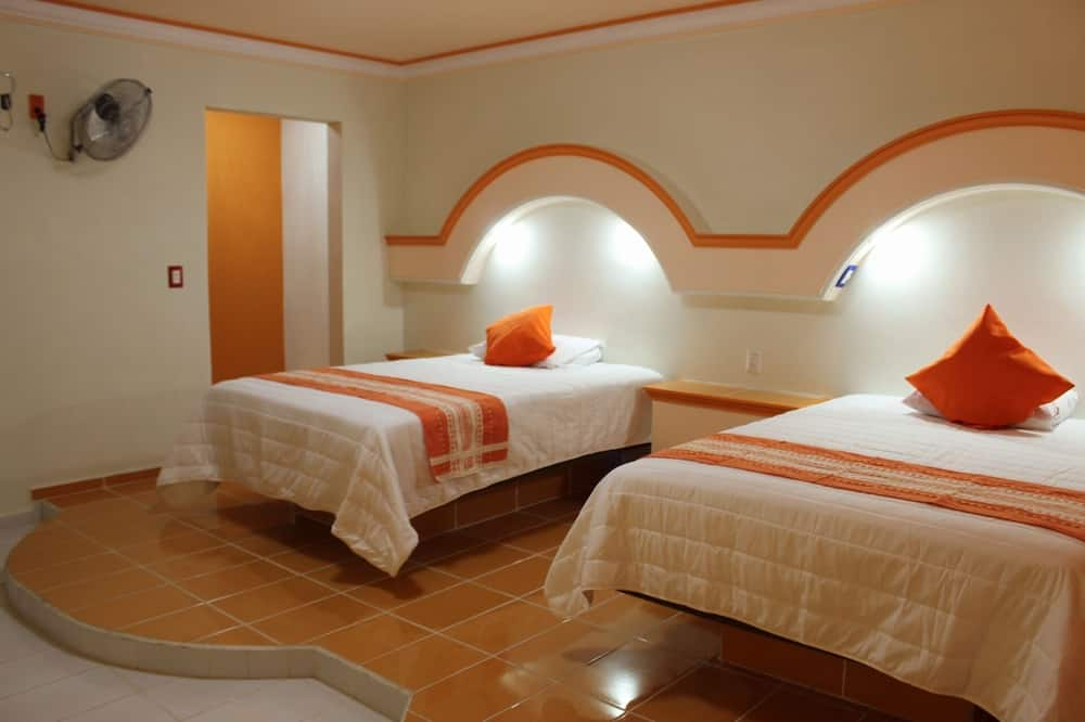 Standardna četverokrevetna soba, 2 bračna kreveta - Izdvojena fotografija